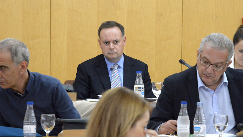 """Primo del expresidente español Rajoy propone ofrecer mil euros al que """"le parta la cara"""" a un cómico"""