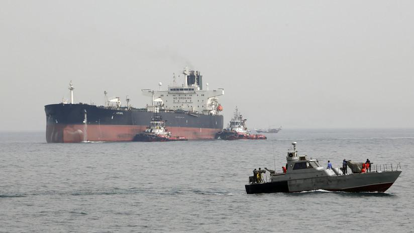 EE.UU. acusa a Irán de tratar de ocultar una decena de buques petroleros