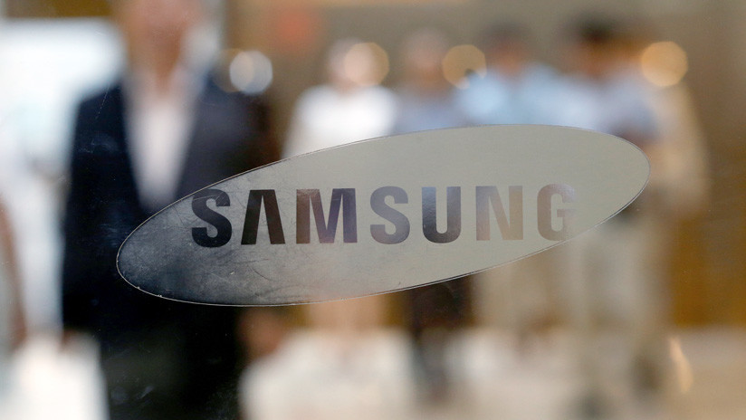 Samsung se abre al 'notch' e introduce un agujero en sus nuevos conceptos de pantalla de celulares