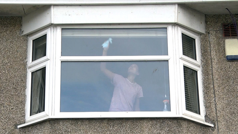 """""""Dinos lo que ves"""": La Policía británica advierte que esta foto es más siniestra de lo que parece"""