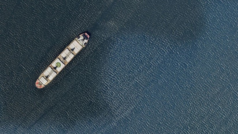 EE.UU. le dice al mundo que mantenga alejados de sus puertos a los petroleros iraníes