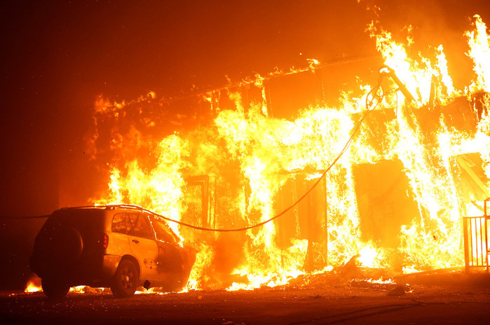 Incendio catastrófico en California 5be56ecbe9180f0d6e8b4569