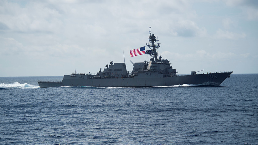 """China indica a EE.UU. que deje de enviar buques y aviones militares cerca de """"nuestras islas"""""""