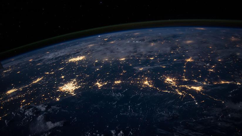 Revelan cómo será proyecto de Internet de banda ancha basado en una enorme red de satélites de Musk
