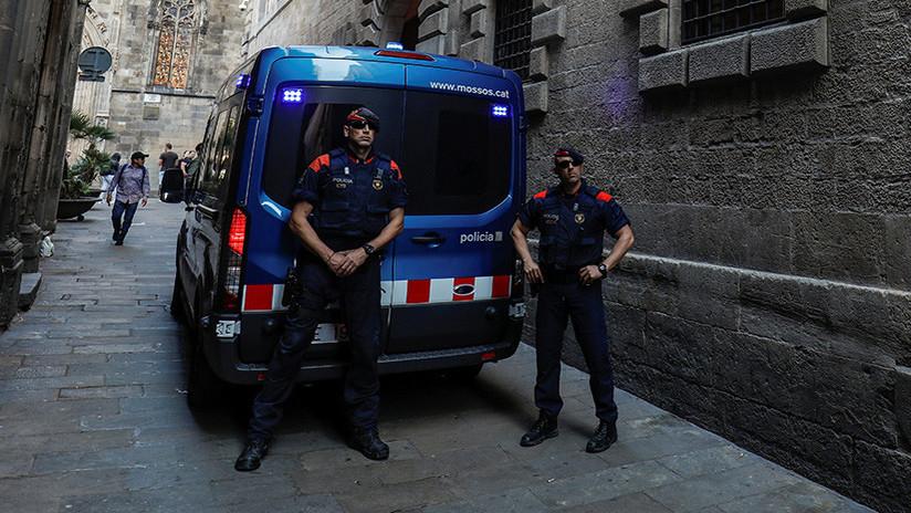 España: Detienen a 14 jóvenes por agredir sexualmente a una chica y apuñalar a su novio