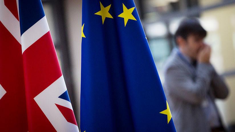 La UE anuncia el final de las negociaciones sobre el 'Brexit' y el comienzo de la siguiente etapa