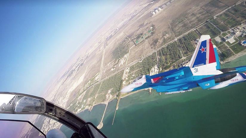 VIDEO: La aviación de Rusia realiza vertiginosas maniobras aéreas sobre el cielo de Baréin