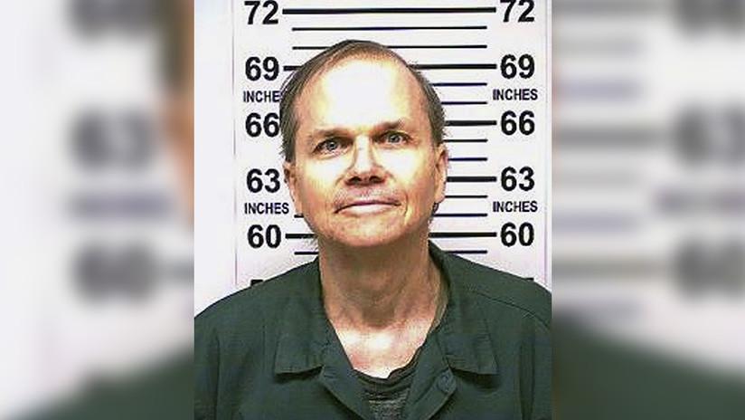 """""""Me preocupé de que no sufriera"""": El asesino de John Lennon revela qué sintió el día del crimen"""