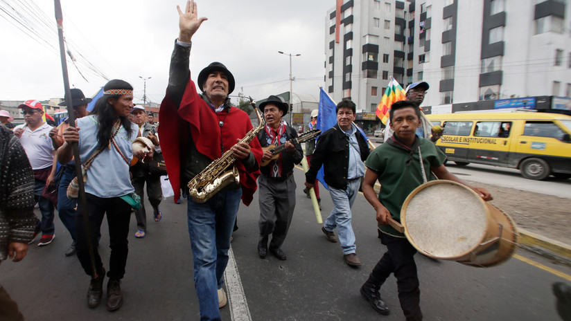 """Ecuador: Indígenas se movilizan contra explotación minera y petrolera, corrupción y el """"paquetazo"""""""