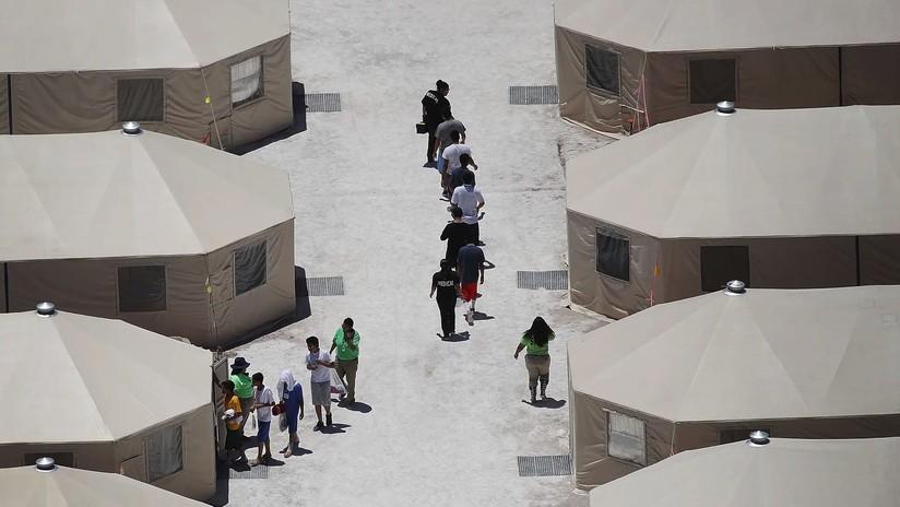 Los texanos muestran preocupación por las futuras ciudades de tiendas de campaña para migrantes