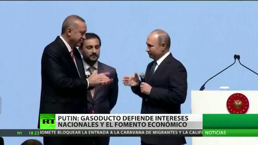 Rusia y Turquía celebran la culminación de la parte marítima del gasoducto Turk Stream