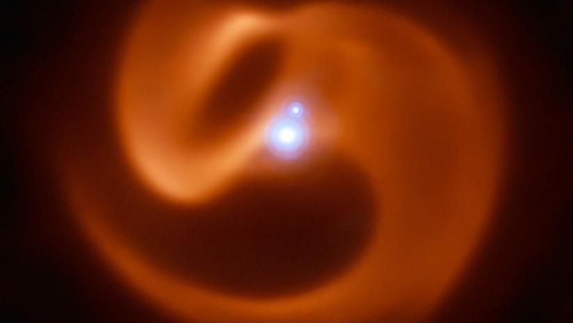 Un sistema estelar amenaza con producir una de las explosiones más potentes en el universo