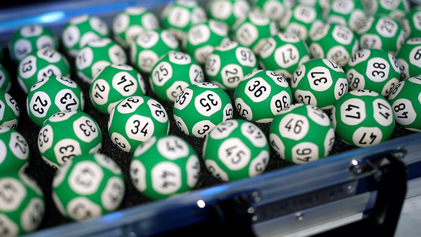 Una joven casi pierde 10.000 dólares al pasar por la lavadora un boleto de lotería ganador