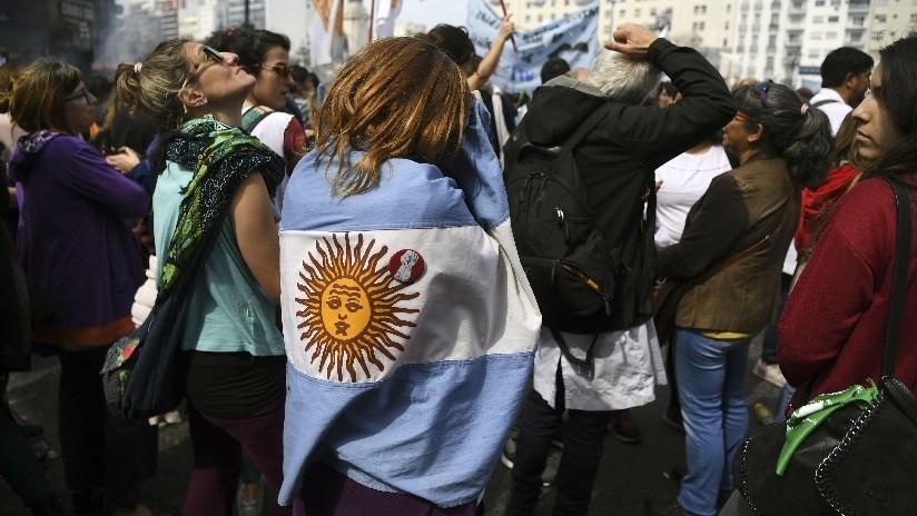 ¿Por qué la creación de una universidad para profesores generó protestas en Buenos Aires?