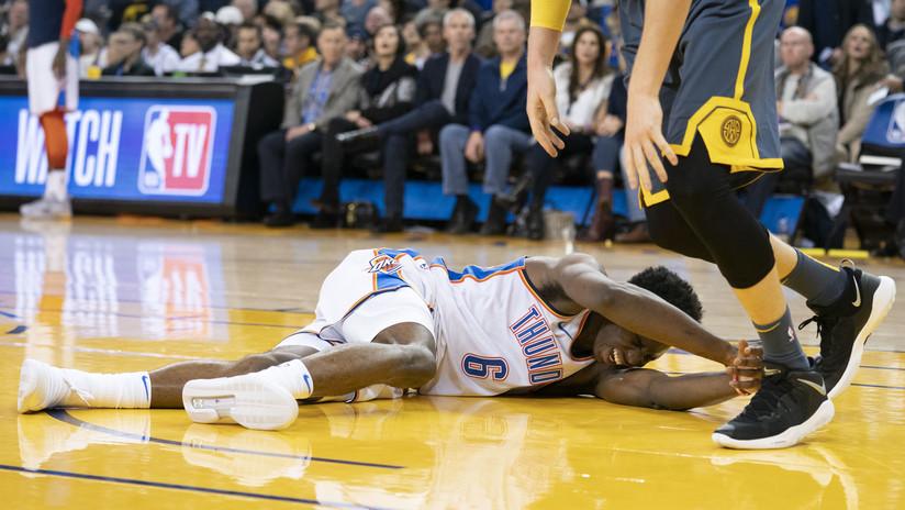 VIDEO: Joven estrella sufre una dura lesión en un partido de la NBA
