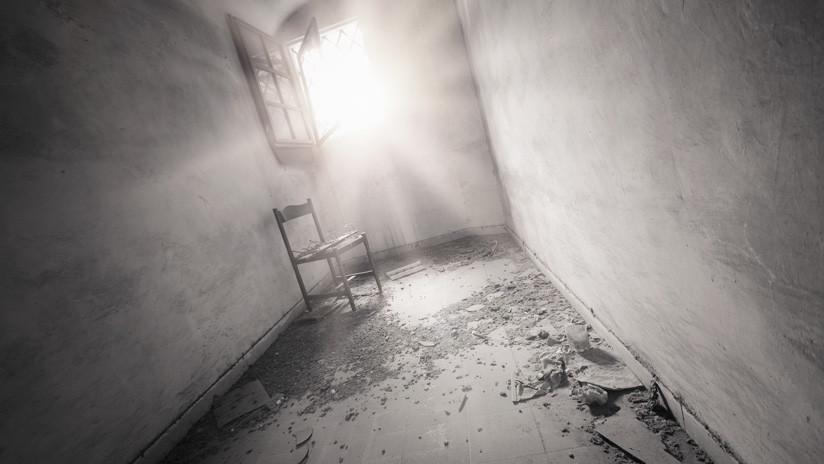 Limpian la casa de su madre fallecida y descubren la momia de un hermano desconocido