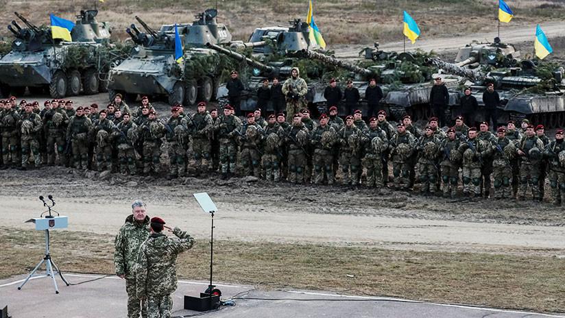 """Ucrania pone al Ejército en """"plena disposición combativa"""" tras el incidente en el estrecho de Kerch"""