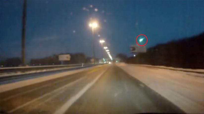 VIDEOS: Captan una bola de fuego verde sobre el cielo nocturno de Siberia