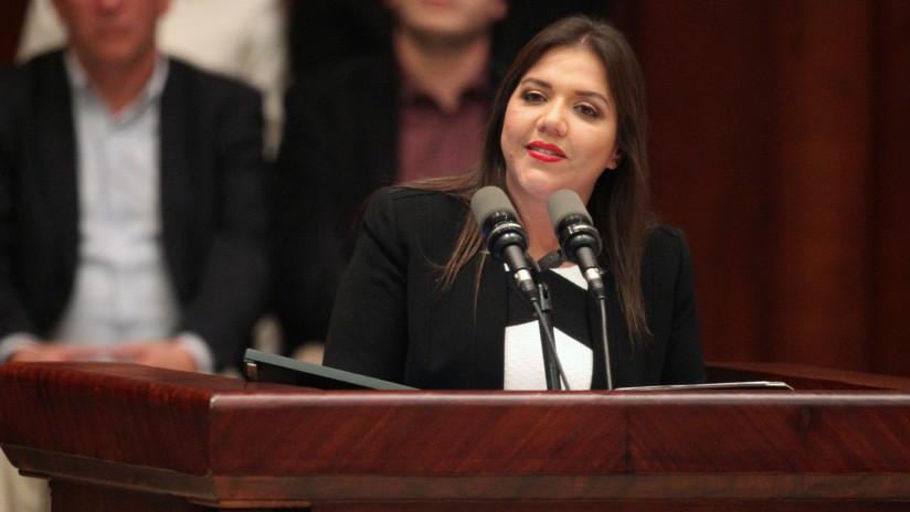 Investigan a la vicepresidenta de Ecuador por presuntos delitos de corrupción