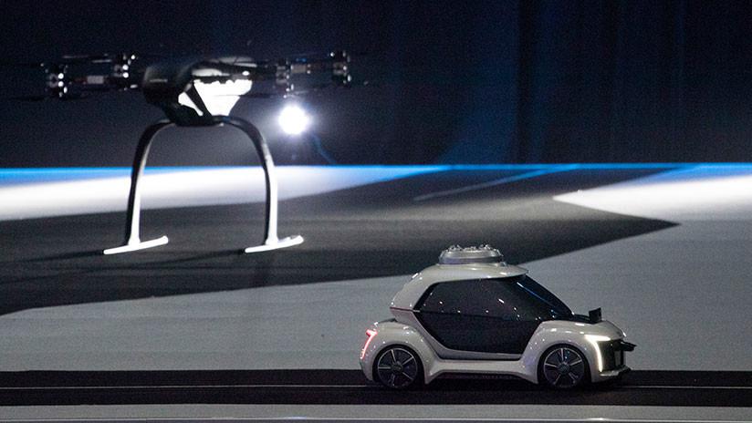 VIDEO: Presentan un taxi volador autónomo que integra un auto eléctrico con un dron