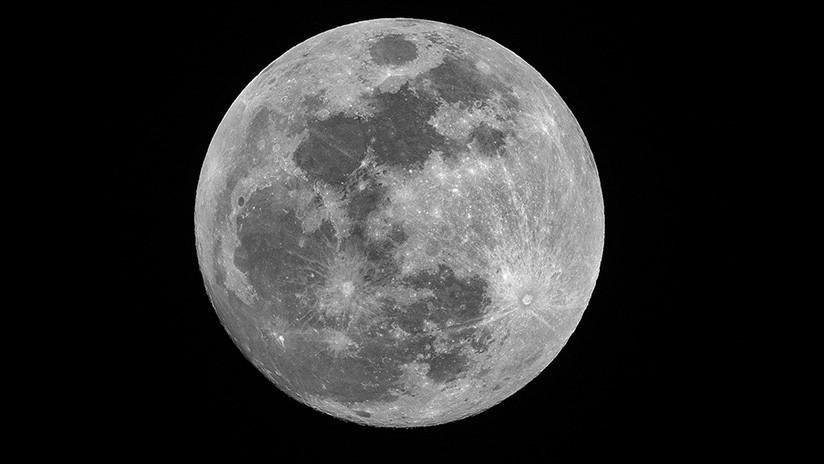 """""""Primeros pasos"""": La NASA elige 9 compañías estadounidenses para su programa de servicios en la Luna"""