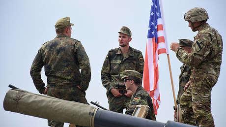 Militares alemanes y estadounidenses durante los ejercicios internacionales Noble Partner 2018 en Georgia.