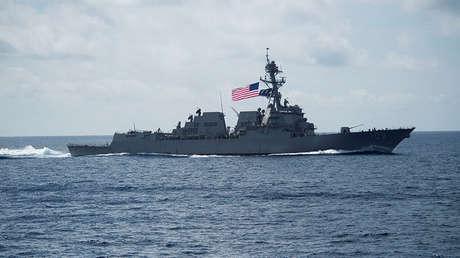 El destructor de misiles guiados USS Wayne Meyer de la Marina de EE.UU. en el mar de la China Meridional, 11 de abril de 2017.