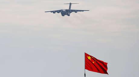 Un avión de transporte militar Y-20 del Ejército chino.