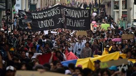 Estudiantes universitarios protestan contra recorte presupuestario, Quito, noviembre de 2018.