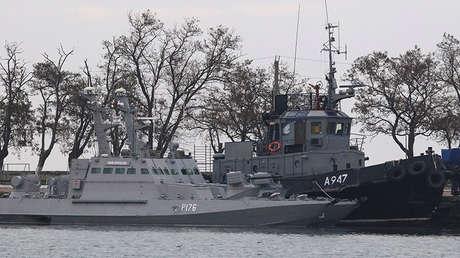 Buques ucranianos apresados en el puerto de Kerch (Crimea, Rusia), el 26 de noviembre de 2018.