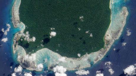 La isla de Sentinel del Norte en el mar de Andamán