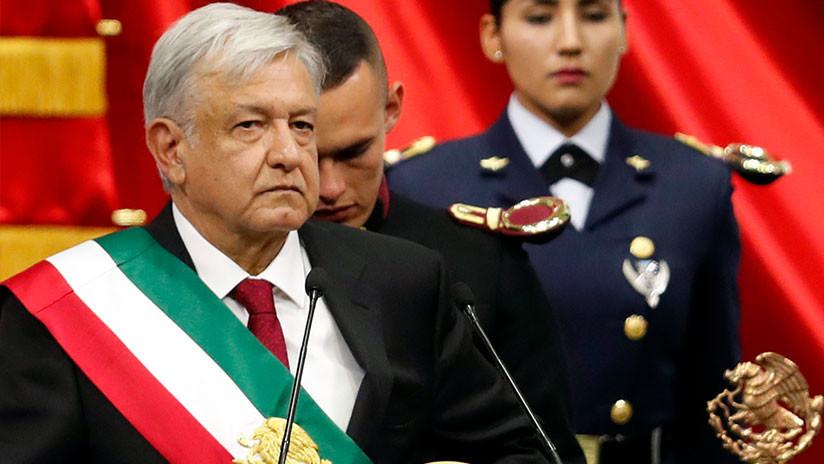 """""""El plan es acabar con la corrupción y la impunidad"""": López Obrador asume la presidencia de México"""