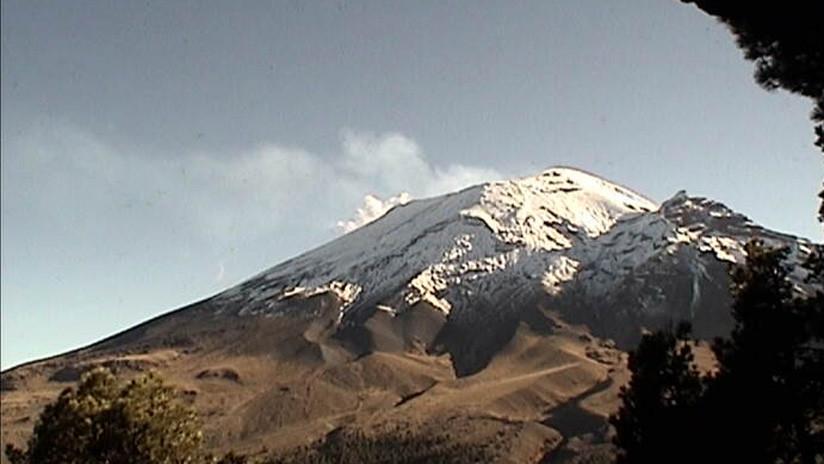 El volcán Popocatépetl en México registra dos explosiones