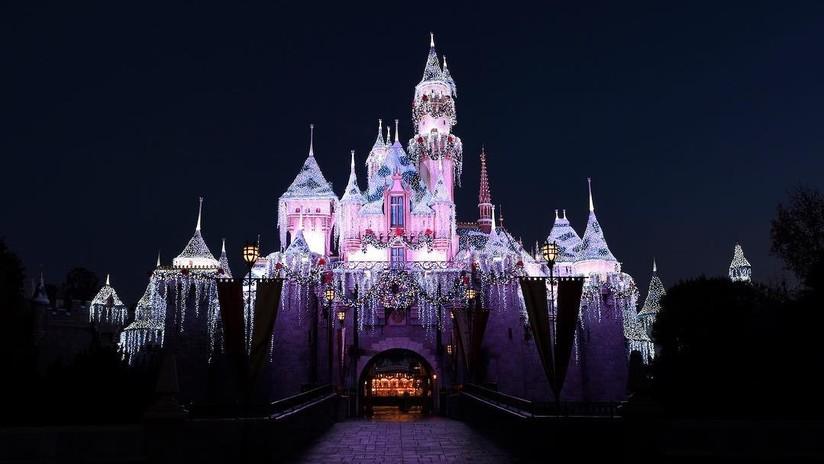 """""""Los músculos hechos bolas"""": Duras condiciones laborales de Disneyland pasan factura a su personal"""