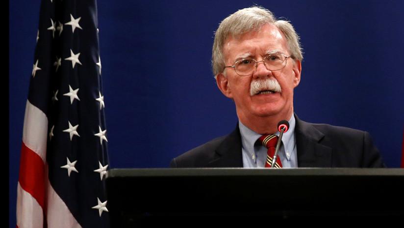 """Bolton: """"Los cambios económicos que EE.UU. quiere ver en China impactarían su estructura política"""""""