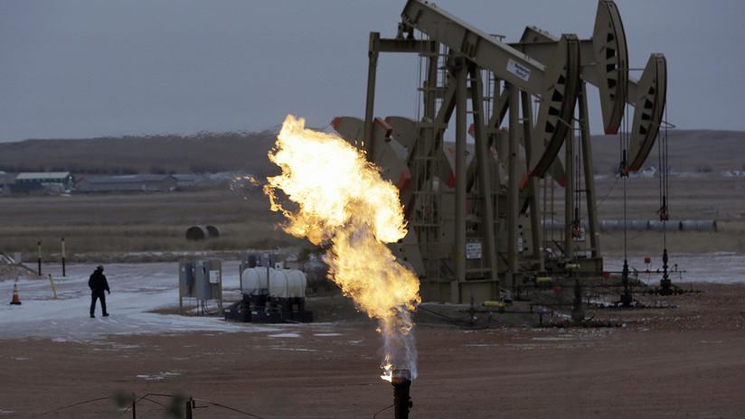 EE.UU. exportó más petróleo del que importó por primera vez en 75 años