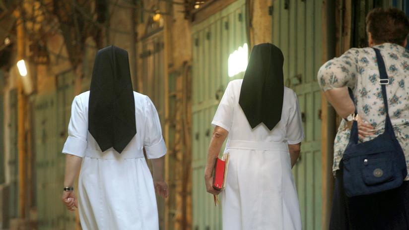 Monjas roban medio millón de dólares de una escuela católica y lo gastan en viajes y casinos