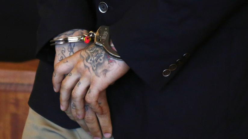 FOTO: Joven arrestada en EE.UU. se hace viral por sus tatuajes faciales al estilo del Día de Muertos