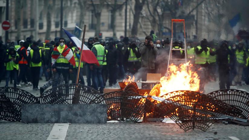 VIDEO: Saquean una tienda de Apple durante las protestas de los 'chalecos amarillos' en Francia