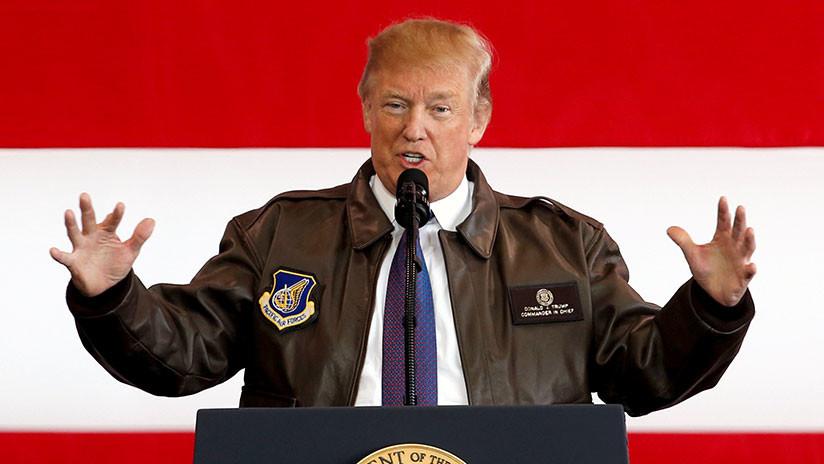 """Trump apoya un presupuesto militar de 750.000 millones tras tachar de """"loco"""" el de 716.000 millones"""