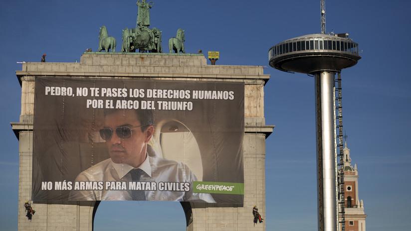 """""""No más armas para matar civiles"""": El enorme meme sobre Pedro Sánchez que apareció en Madrid (VIDEO)"""