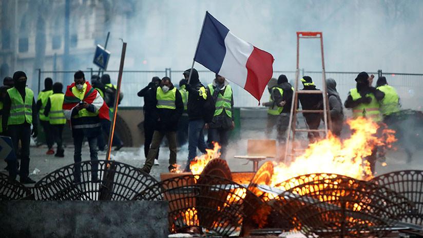 Cómo las protestas de 'chalecos amarillos' afectarán al crecimiento de Francia