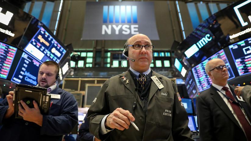 Wall Street cierra con ganancias de la mano del sector salud