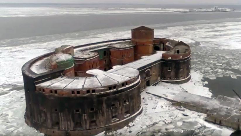 La mítica 'fortaleza de la plaga' del Báltico ruso a vista de pájaro