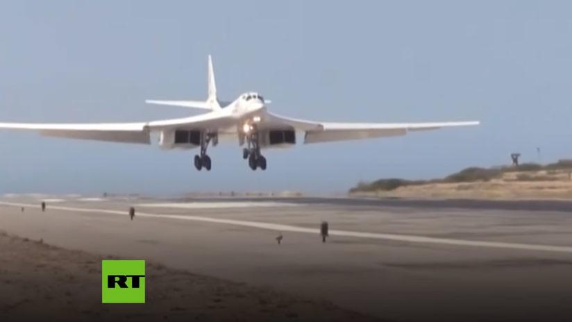 VIDEO: Bombarderos estratégicos rusos Tu-160 aterrizan en Venezuela