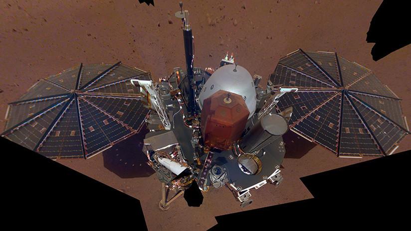 La primera selfie en Marte de la misión Insight