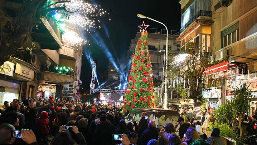 Damasco brilla a la espera de la Navidad y Año Nuevo meses después de su liberación total (VIDEOS)