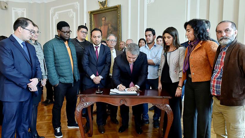 Gobierno y estudiantes logran acuerdo para levantar paro