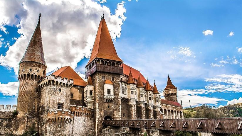 Científicos explican qué se esconde bajo el castillo del conde Drácula en Transilvania