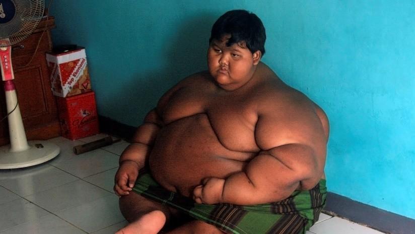 VIDEO: La asombrosa transformación del 'niño más obeso del mundo', que ahora quiere ser futbolista